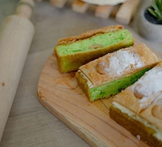 pisjo cake kendari oleh oleh kendari mente