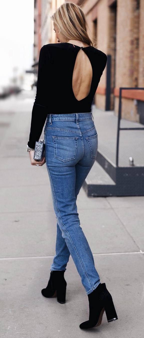 ootd: top + jeans + heels