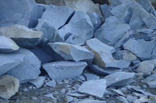 jual-batu-pondasi-bahan-bangunan-murah-di-bantul
