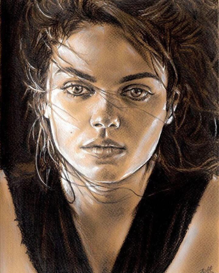 03-Mila-Kunis-David-Chong-www-designstack-co