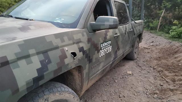Fotos; Así los perforaron Sicarios de El CJNG embosca al convoy Militar  y un elemento fue abatido en el lugar; ya no llegara con su familia