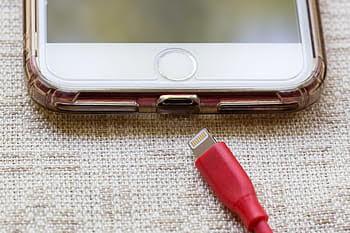 Mobile battery backup kaise badhaye