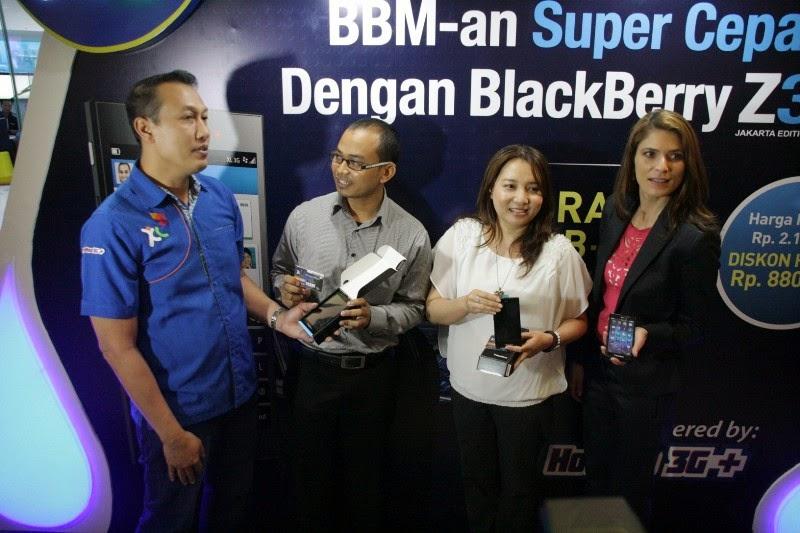 XL Luncurkan Bundling BlackBerry Z3