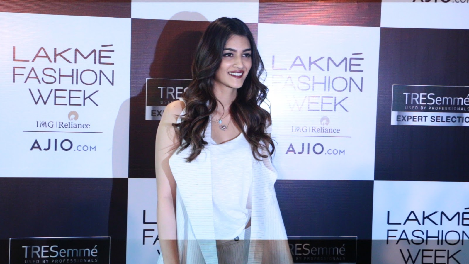 Kirti Sanon at Lakme Fashion Week Event