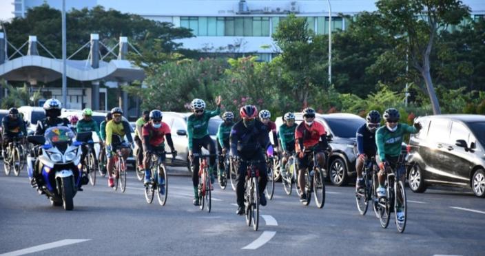 Jaga Kebugaran Fisik, Pangdam Bersepeda Bersama PJU Kodam XIV/Hasanuddin