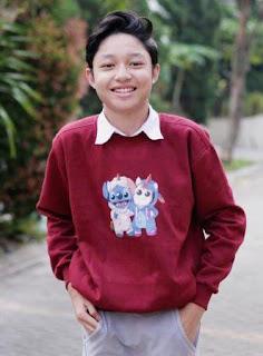 Pemain Dari Jendela SMP - Kiesha Alvaro pemeran Roni