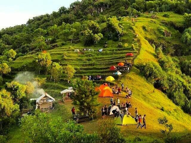 Camping Di Bukit Pengilon