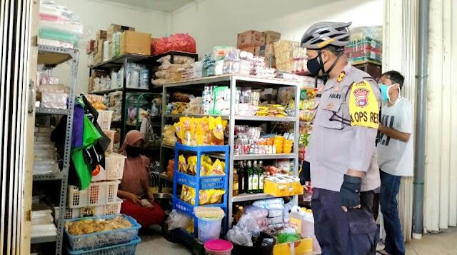 Kapolres Lotim Melaksanakan Patroli New Normal di Pasar Kelayu