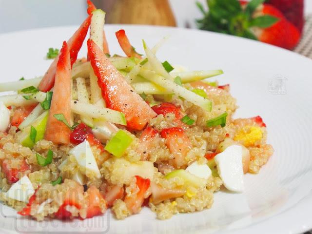 ensalada-de-quinoa-y-fresas