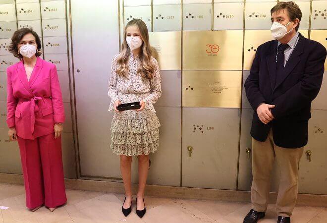 Crown Princess Leonor wore a mirta print dress from Poeta. Leonor, Princess of Asturias