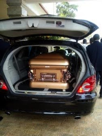 Photos Of How Stephen Keshi's Wife Was Buried In Benin City