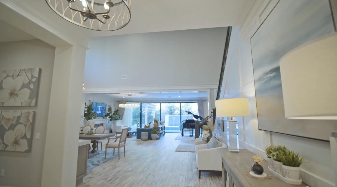 21 Photos vs. 59 Owl Ln, Irvine Interior Design Tour
