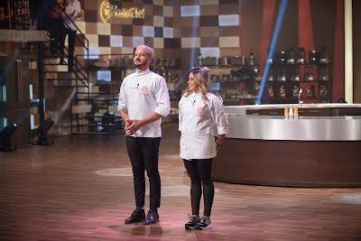 Rodrigo e Lorena terão de preparar um menu completo para os jurados - Crédito: Carlos Reinis/Band