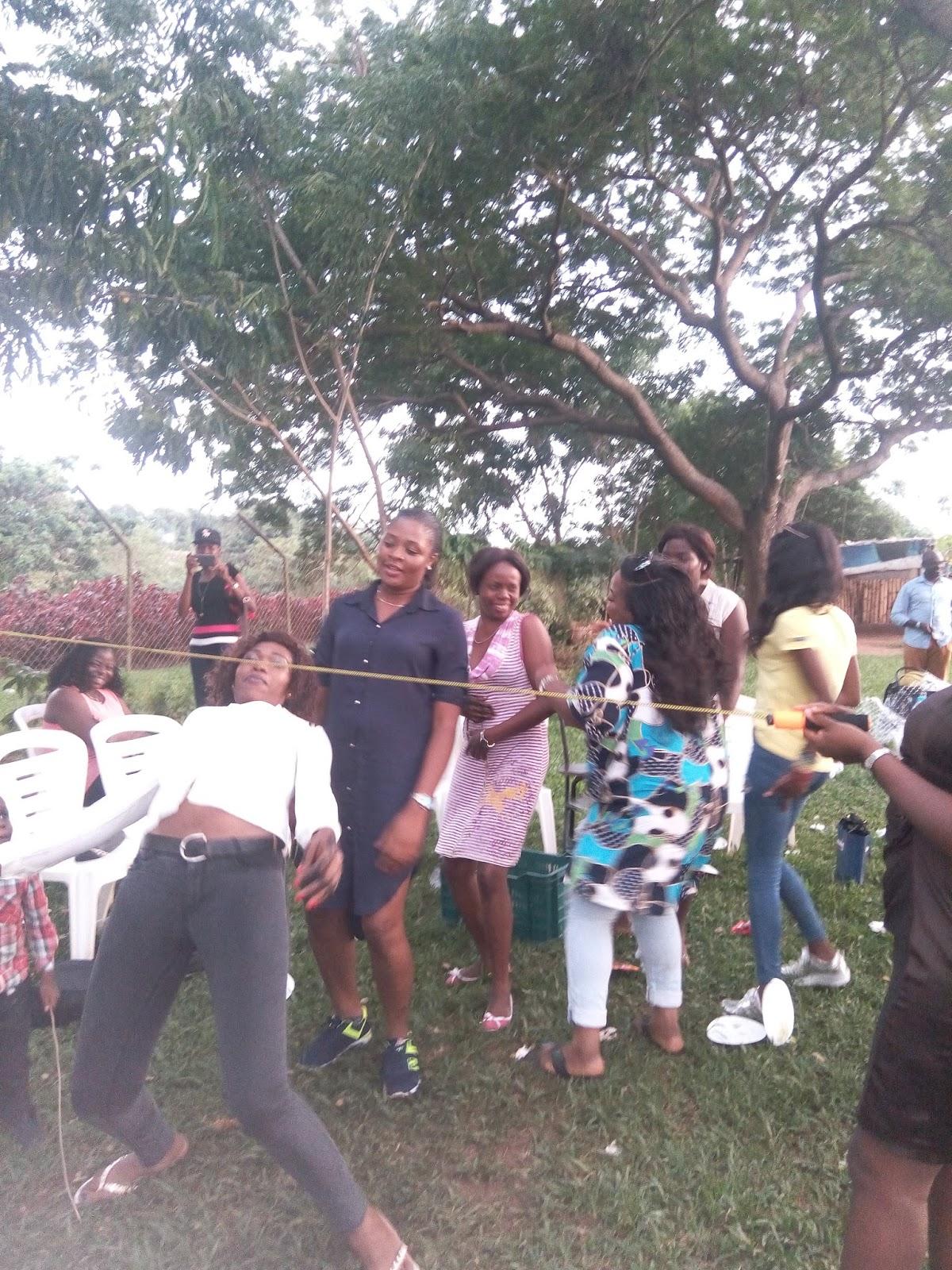 Stella Dimoko Korkus com: SDK Abuja Blog Visitors Hang Out
