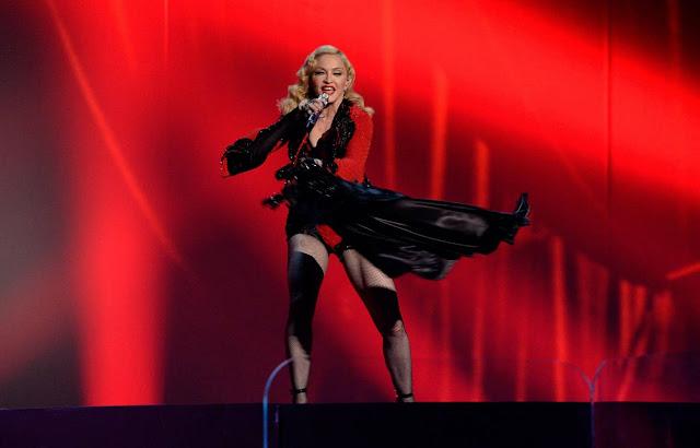 Madonna (2015).