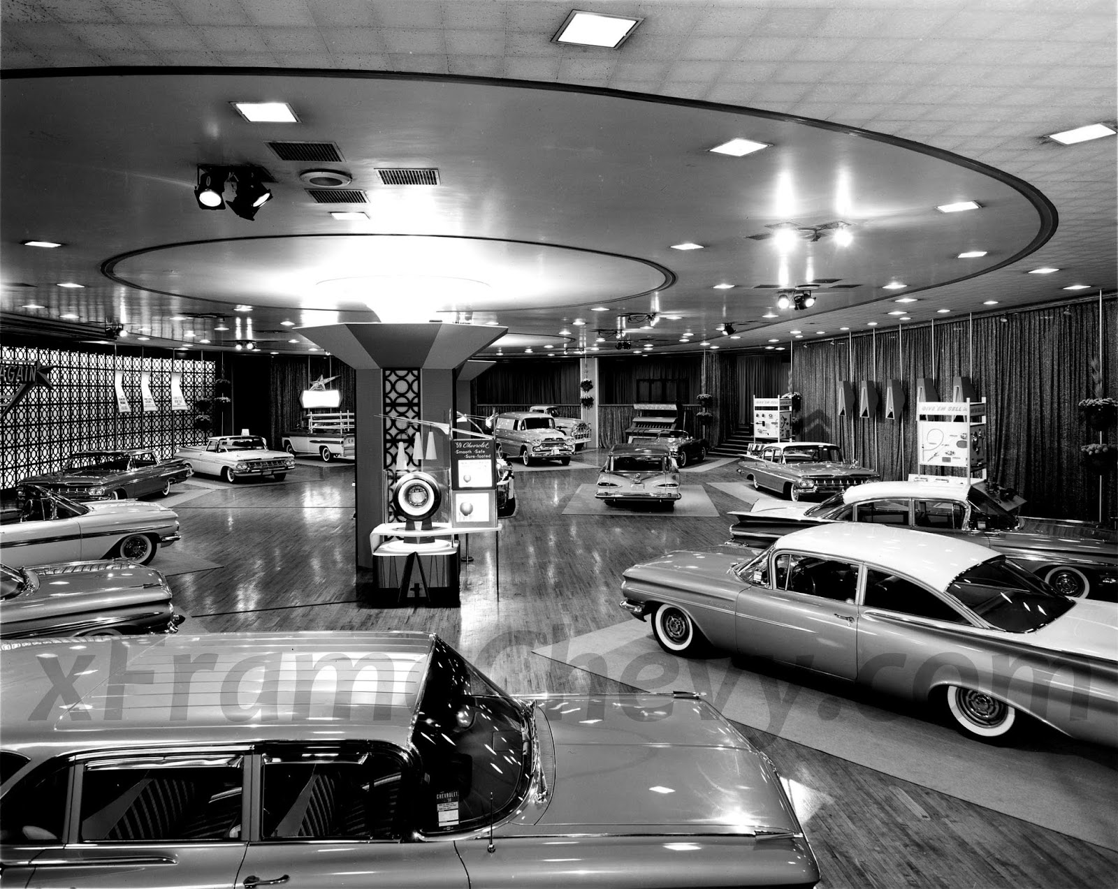 retro kimmer 39 s blog detroit auto show at the masonic. Black Bedroom Furniture Sets. Home Design Ideas