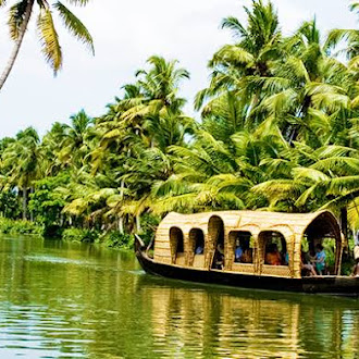 Alleppey – The backwater hot spot