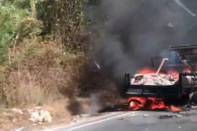 Mobil di Bone Ludes Terbakar Gara-gara Puntung Rokok
