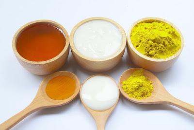 cách trị tàn nhang bằng nước vo gạo và bột nghệ