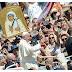 """""""Yo soy sacerdote gracias a Teresa de Calcuta"""". Fieles en Roma por la canonización"""