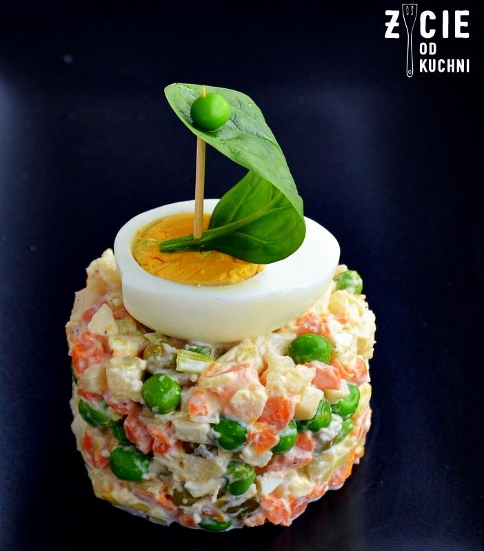 salatka jarzynowa, majonez, jak zrobic majonez, najlepszy majonez, majonez jajeczny, prosty przepis na majonez, zeszyt z przepisami, zycie od kuchni