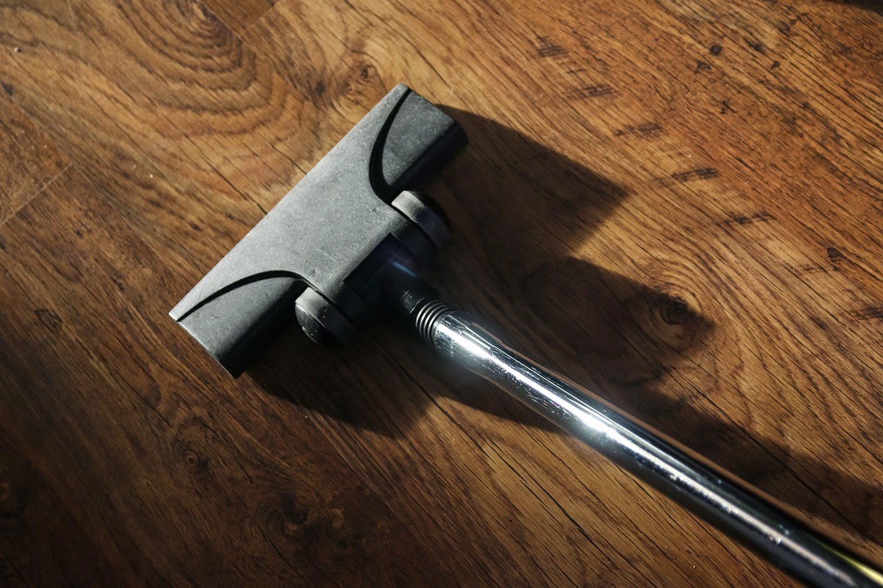 How to avoid the dust smell during the cleaning with vacuum