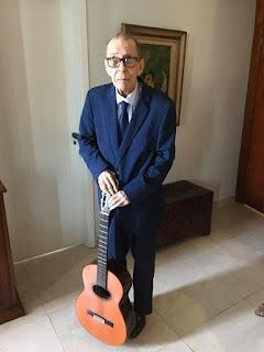 João Gilberto é clicado em post de Sofia Gilberto — Foto: Reprodução/Facebook