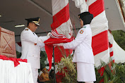 Upacara Penurunan Bendera  HUT RI Ke- 74 Sukses, Sekda Wajo Ucapkan Terima Kasih