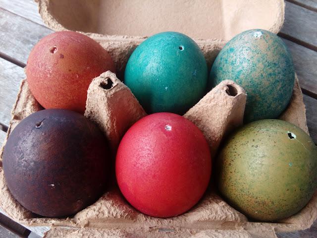 Caixa de 6 ovos coloridos