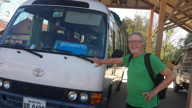 laos VIP Bus
