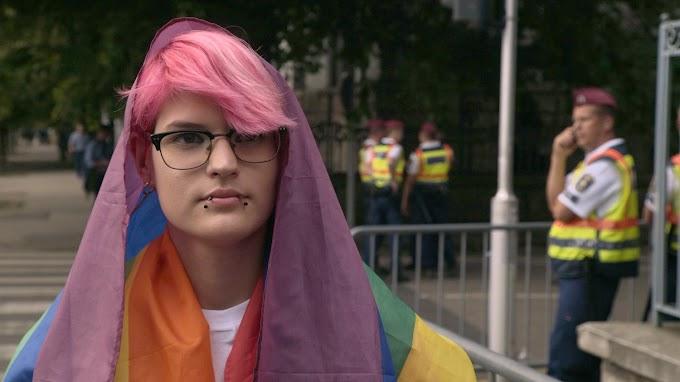 Így kell ezt! Kikerült a transznemű fiatalról szóló film a Magyar Mozgókép Fesztivál programjából