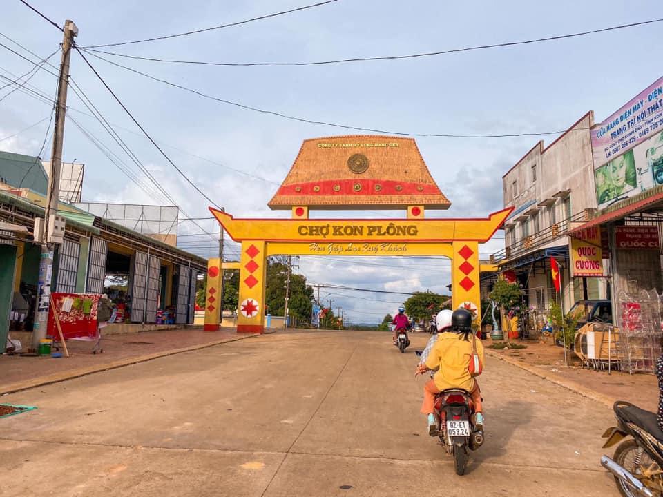 Chợ Kon Plong