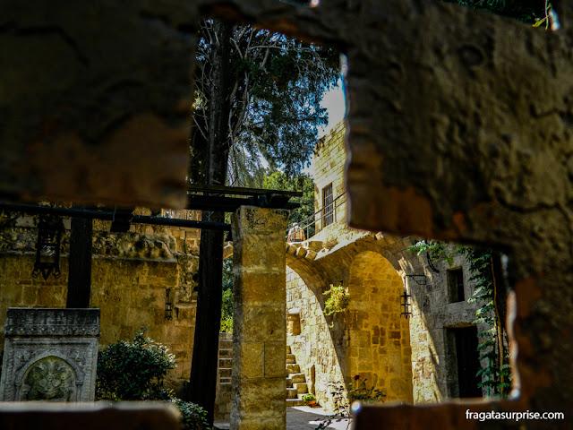 Hospital dos Cavaleiros da Ordem de São João, na Cidade medieval de Rodes - Grécia