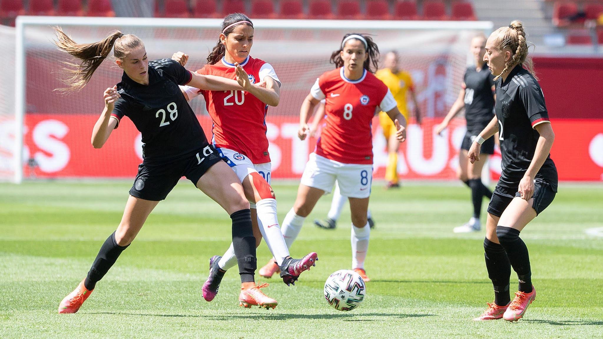 Alemania y Chile en partido amistoso femenino, 15 de junio de 2021