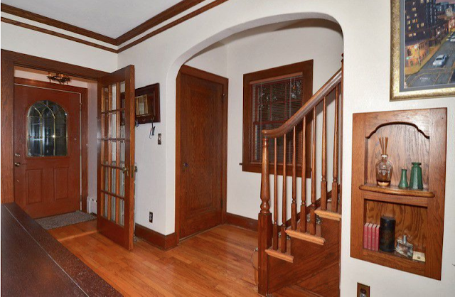 entry area of Gordon-Van Tine Diana or Rowan • 213 Grand Avenue, Madison, Wisconsin