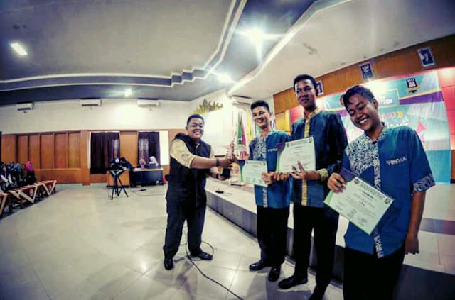 ASES of PBI UM Metro Has Successfully Held English Competition for Senior High School Students