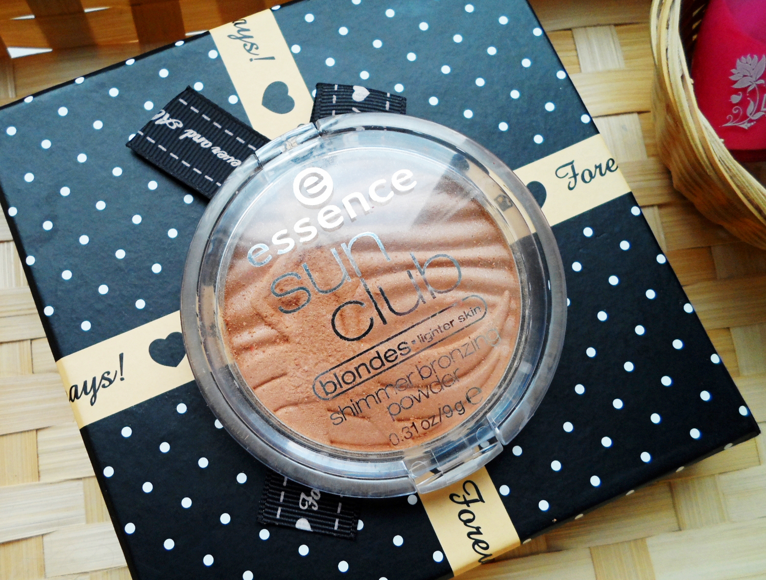 Sun Club shimmer bronzing powder by Essence review and swatches  liz breygel january girl