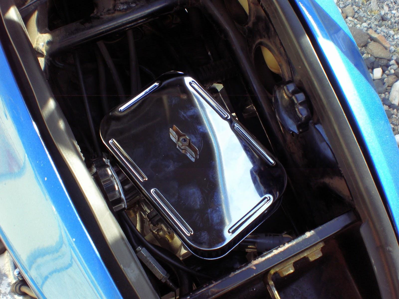 Jupiters Travels w/BMW: Goldwing Single carb conversion -