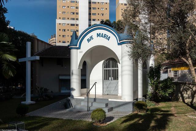 Capelinha do Água Verde, ou Capela Imaculada Conceição (este é o nome oficial dela), na Avenida República Argentina
