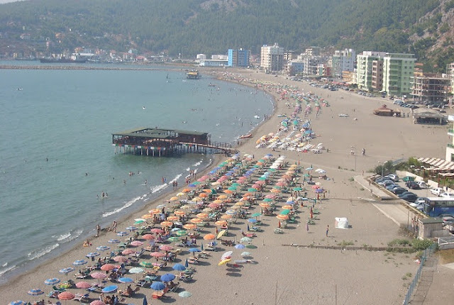 A 75-year-old man from Kosovo drowned in Shengjin beach, suspected of heart attack