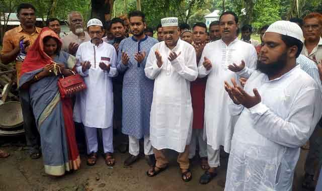 বকশীগঞ্জে মোরারপাড়া জামে মসজিদের ছাদ ঢালাই কাজের উদ্বোধন