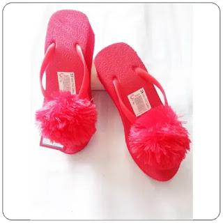 Sandal Orin Pompom