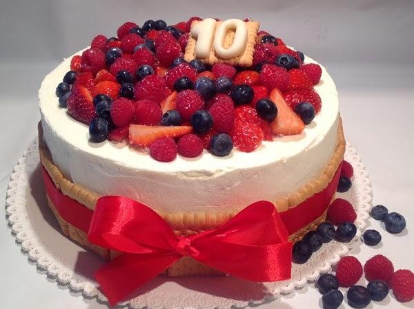 ovocné dorty k narozeninám VÍKENDOVÉ PEČENÍ: Ovocný narozeninový dort ovocné dorty k narozeninám