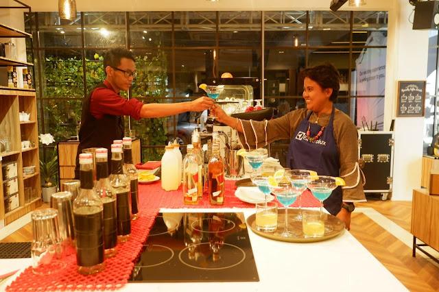 ngopi cantik racikan barista di dapur unik