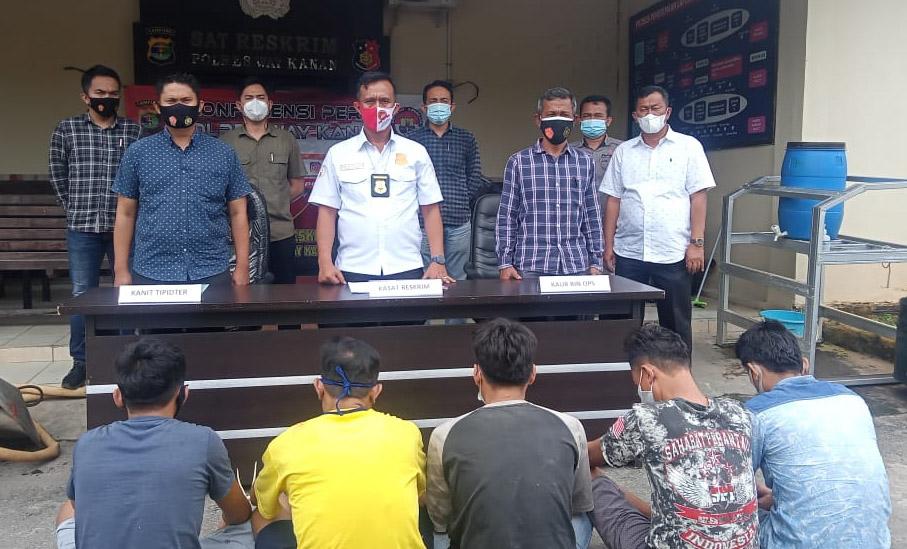Menambang Emas Secara Ilegal, Lima Warga Waykanan Diamankan Polisi di Lokasi Penambangan