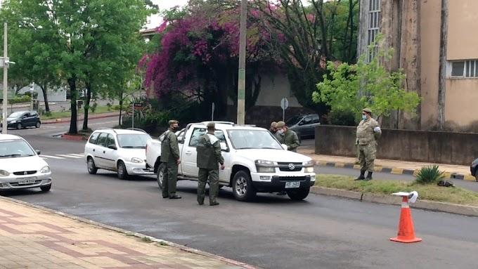 Exército do Uruguai monta barreiras sanitárias na fronteira com Santana do Livramento