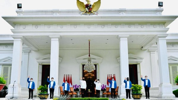 Pro Kontra Parpol Kala Jokowi Bangun 'Kabinet Capres 2024'