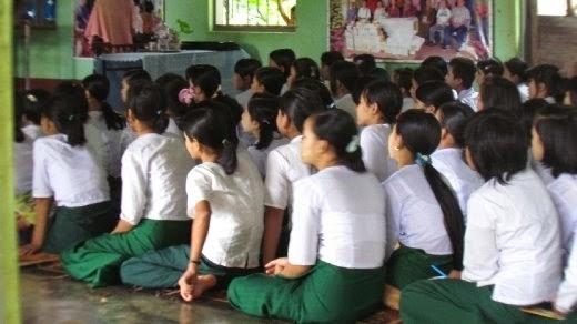Perbedaan Seragam Sekolah di Negaranegara Asia Tenggara
