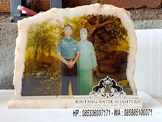 Vandel Kenang – Kenangan, Kado Ulang Tahun, Vandel Marmer Tulungagung