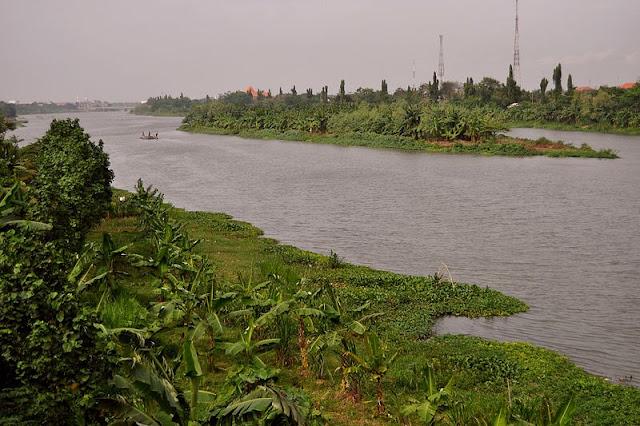 Sungai terpanjang kedua di Pulau Jawa dan Sungai terpanjang di Provinsi Jawa Timur.